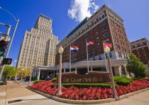Chase Park Plaza Apartments, St. Louis, MO